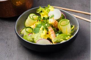 Салат с маринованной креветкой